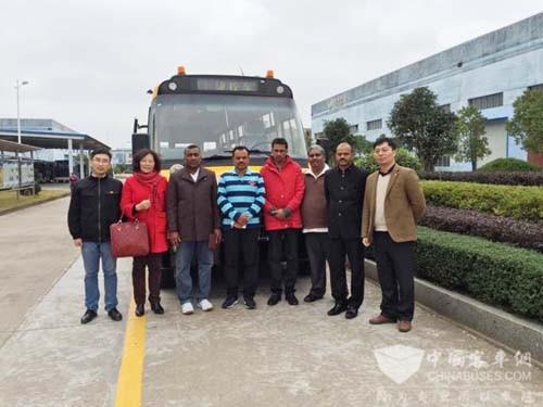 Customers from Sri Lanka Visit B-Energy Shangrao Bus Company