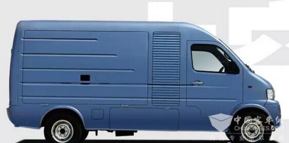 Zhongtong Electric Logistic Vehicle Makes a High-profile Debut