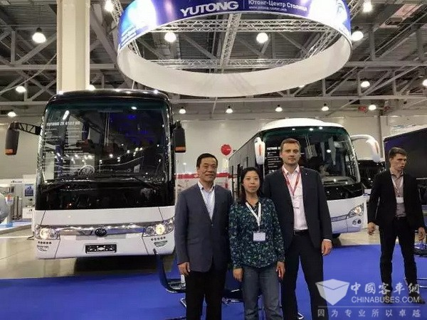 Dongfeng Cummins Attends East Europe Commercial Vehicle Exhibition
