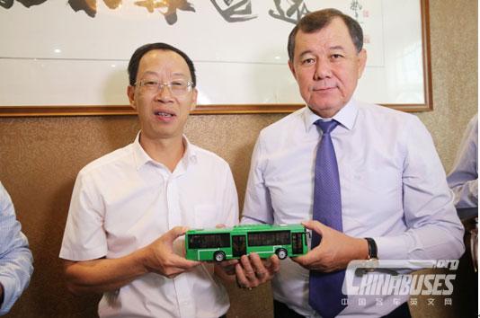 Kazakhstan Delegation Visited Higer Bus