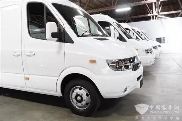 Changjiang V8070 Electric Logistic Vehicle Arrived in U.S. for Road Show