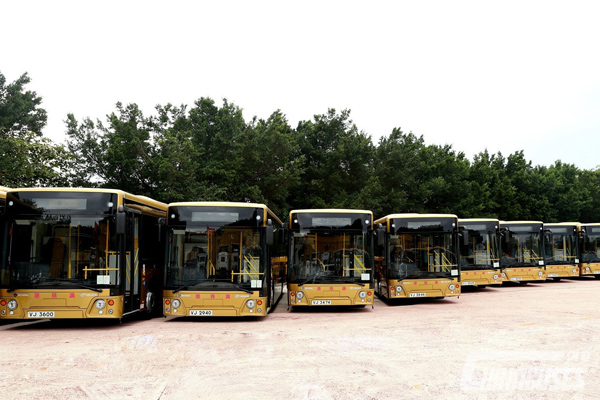 Higer Bus Serves the HZMB