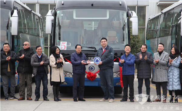 Sunlong Buses Delivered to Shanghai Airport Bus for Operation