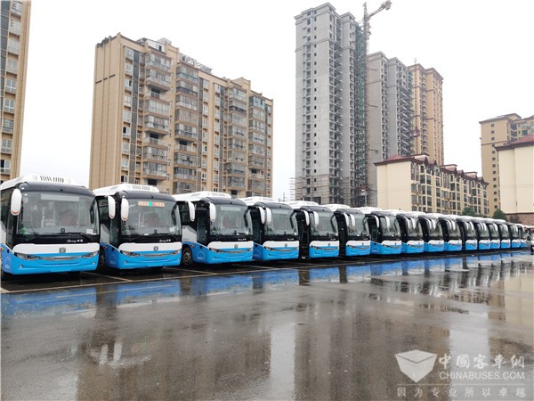 Zhongtong Spring Electric Buses Start Operation in Chibi