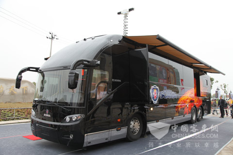 Scania Higer Luxury Motorhome Spotlights Quot Auto World