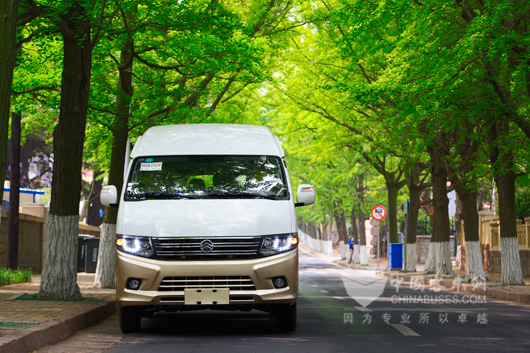 Golden Dragon Large Hirace Rolls out to the Market