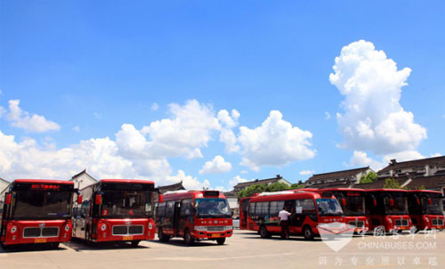 Higer Travel Coaches Won Positive Feedback in Golden Week Holiday